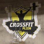 CrossFit Plzeň - sprejování / malování loga - kompletace